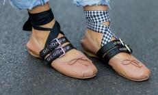 Çılgın Moda Trendi: Uyumsuz Ayakkabılar