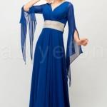 FO254241kollari tullu arkasi v belden baglamali saks mavi abiye elbise f375 tesettur abiye1 150x150 Hanım Hanımcık Abiye Elbise Modelleri 2014